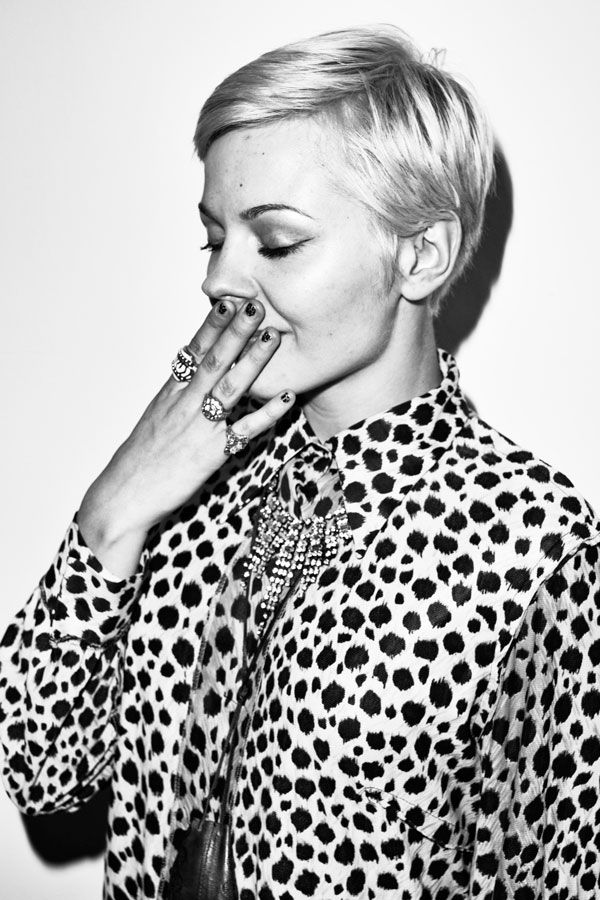 Leopard, accessories and a sassy short haircut. Via styleclicker