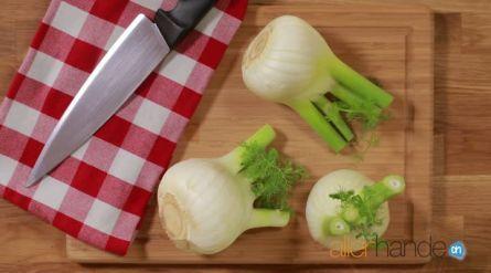 Stoof van ui, venkel, zoete aardappel en baharat - Recept - Allerhande - Albert Heijn