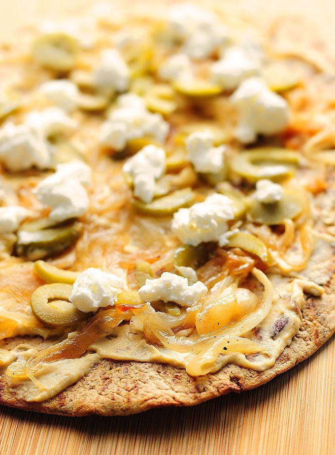 Hummus Olive Goat Cheese Flatbread Recipe