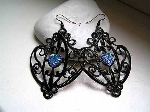 emulikart / handmade earrings