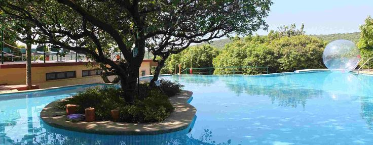 Poolview at the holiday resort in Mahabaleshwar by Club Mahindra