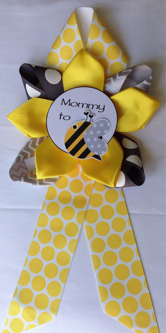 Mommy to BEE, Baby Shower corsage