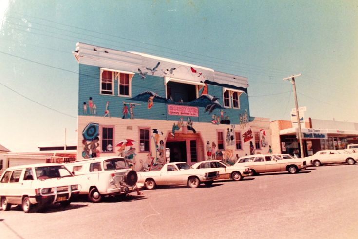 1985-02-community-centre