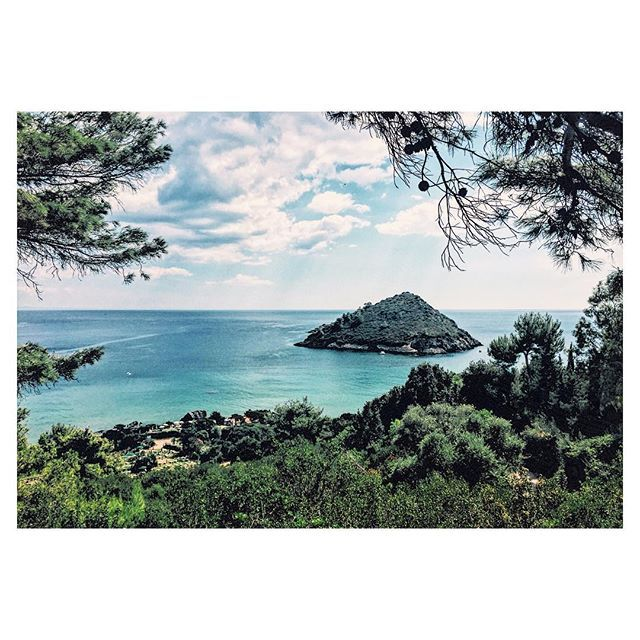 Little paradise in Italy🏖🌅 #italy #portosantostefano #island #sea #beach #summer #hot #holiday #live #life #love #travel #nature #places #sky #clouds #landscape #view #beautiful #instagood #instadaily #inspiration #art #photo #photography #photooftheday #happy #me #follow4follow