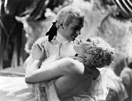 Peter III (Douglas Fairbanks Jr) with his mistress Vorontzova (Diana Napier)