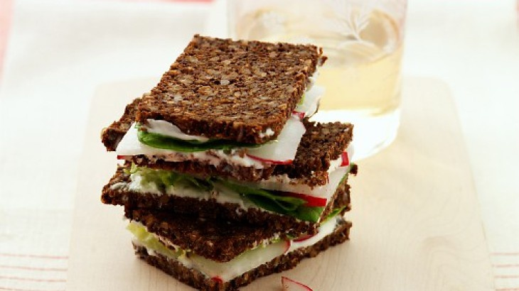 Radish Tea Sandwiches | Yummy apps! | Pinterest