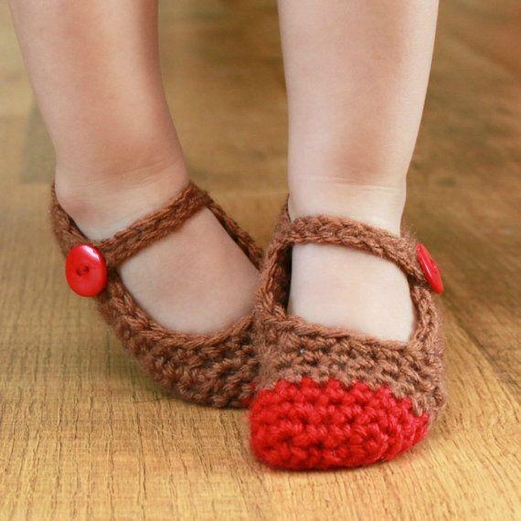 Instant Download – Crochet Pattern – Chloe Slippers (Newborn – Small Child Sizes)