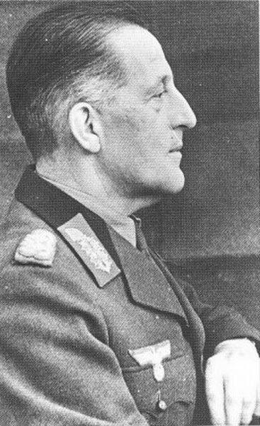 General der Panzertruppe Wilhelm Ritter von Thoma