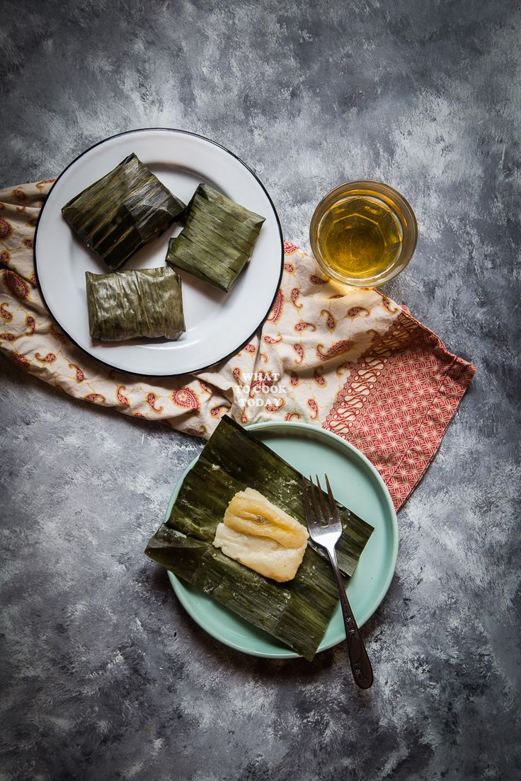 Kue Nagasari is rice flour and coconut milk batter with slices of banana wrapped in banana leaves and then steamed, are favorites among many locals