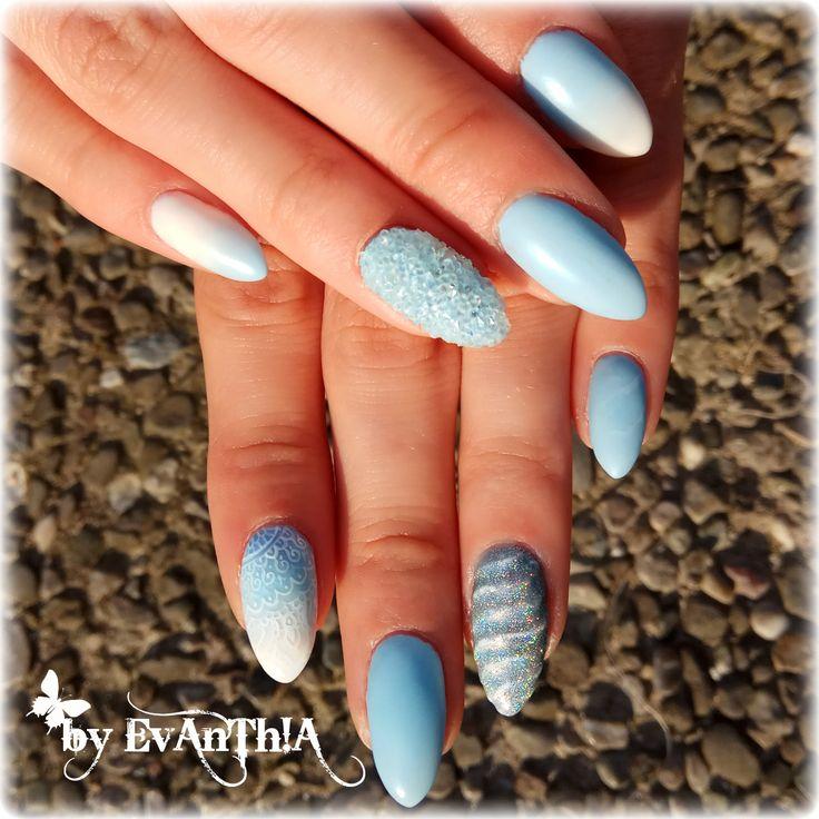 #nails #longnails #prettynails #coolnails #mynails #nails2inspire #inspiration #gelnails #ombre #pixies #holo #holographic #effect #unicorn #unicornnails #mandala #matte #lovenails #instanails #nostickers #handmade #nailart #lightblue #white #cmarso #gelpolish #by_Evanthia