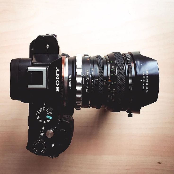 Love this  #sweet Sony setup by  @iamandyoceans #camera #gear #sony #cameras #sonyalpha #a7 #sonya7 #photographyislife #lens #simple #tech