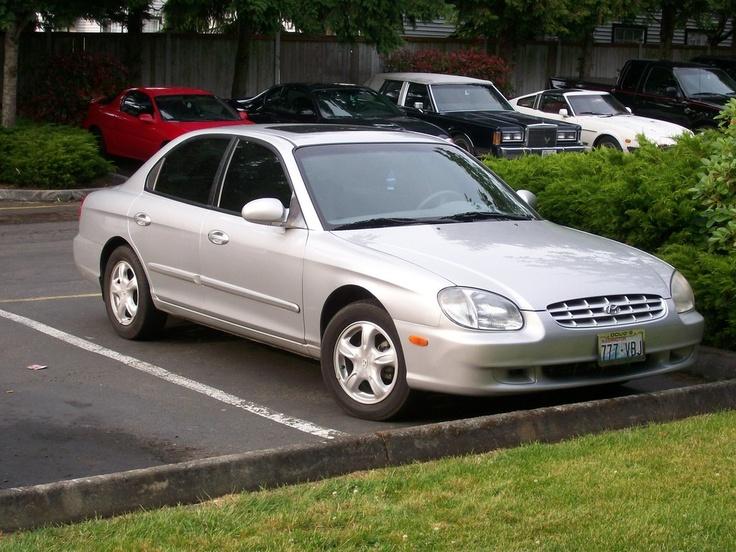 1999 Hyundai Sonata GL.