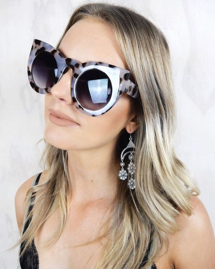 ❁ CAT EYE SUNGLASSES ❁ Wear these babies with the Moonlight Crystal Earrings ❁ haliteclothing.com #HALITE
