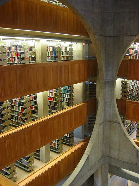 Louis Kahn - Phillips Exeter Academy