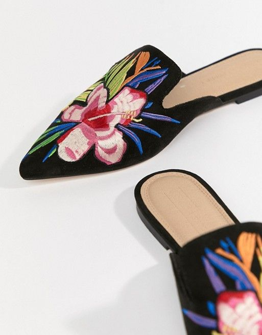 5f9cb1855 DESIGN Leyla embroidered slipper mule in 2019 | Scarpe | Slippers, Asos,  Fashion flats