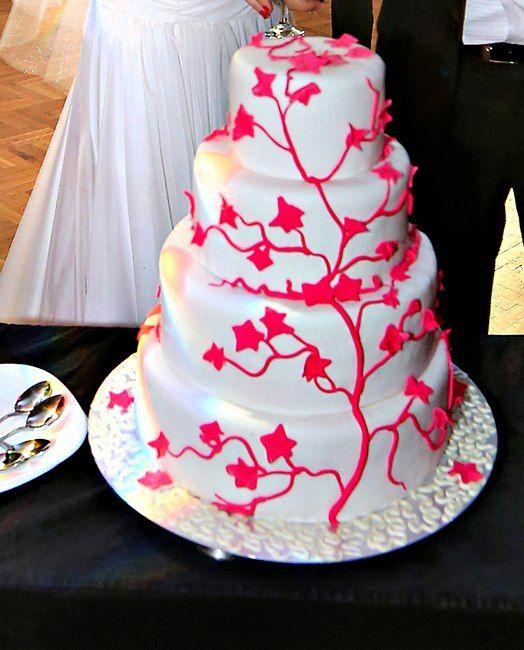 I&M wedding cake designed by Lalele si Pisici