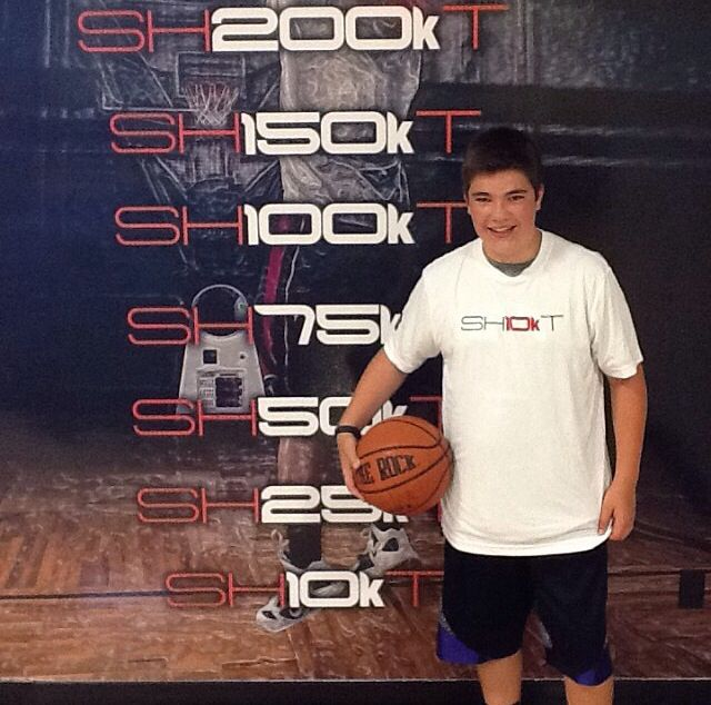 Congrats to @timberjake101 for being our newest 10K member! Way to work! #iAmArete #shoot360