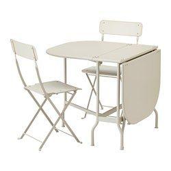 IKEA - SALTHOLMEN, Tafel+2 klapstoelen, buiten, , De tafel en de stoel zijn al gemonteerd, dus je kan ze direct gebruiken.Met de 2 klapdelen kan je de grootte van de tafel naar behoefte aanpassen.De stoel is eenvoudig inklapbaar en op te bergen en daardoor ideaal voor extra gasten aan tafel.Het meubel is duurzaam en onderhoudsvriendelijk, doordat het is gemaakt van met poederlak afgewerkt staal.