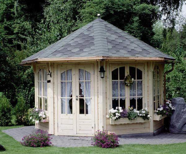 die besten 25 fundament gartenhaus ideen auf pinterest terrassen berdachung selbstbau selber. Black Bedroom Furniture Sets. Home Design Ideas