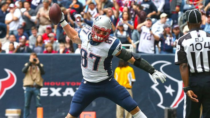 Nike argues Gronk's logo too close to Jumpman