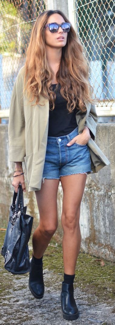Khaki Jacket Fall Inspo                                                                             Source