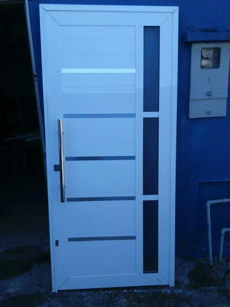 porta lambril branca de 210x100 com puxador e fechadura tetr