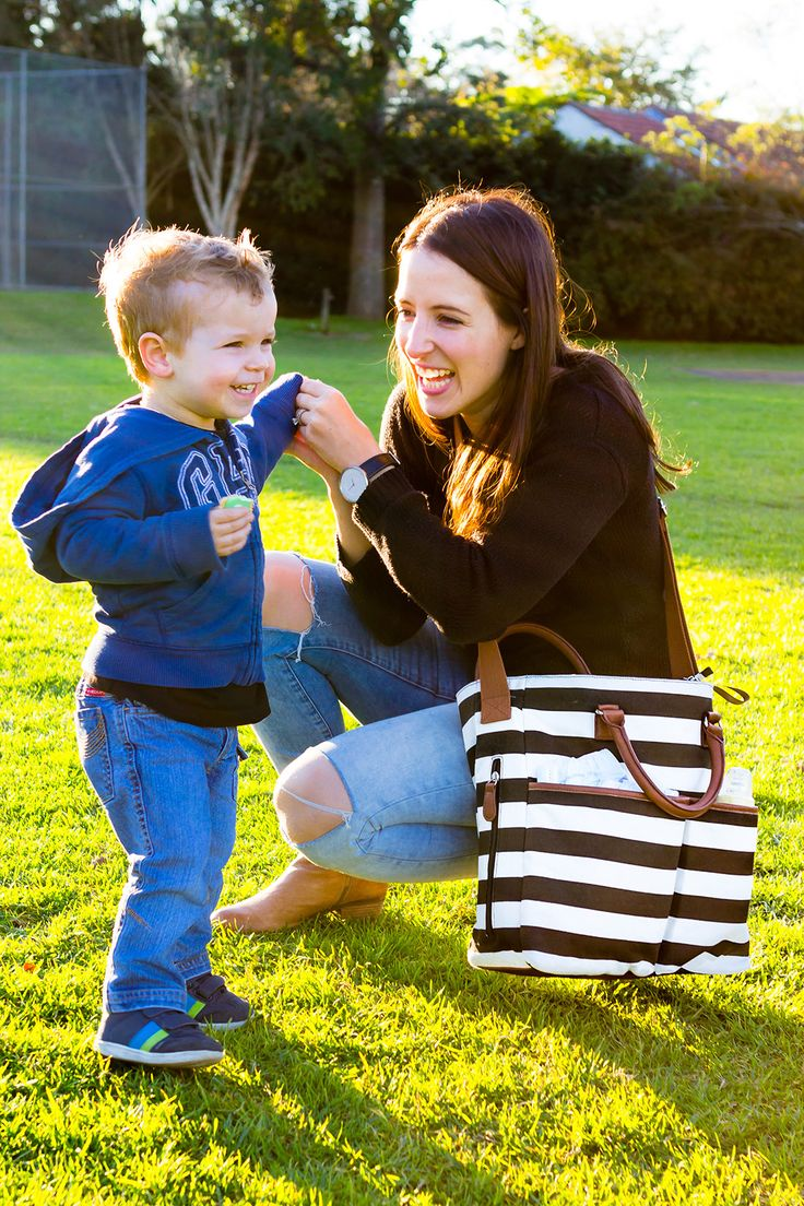 The New Hip Cub Diaper Bag proves that a mother's practical sense and her fashion sense can go hand-in-hand! #HipCub #DiaperBag #mommy  #purse #trendy