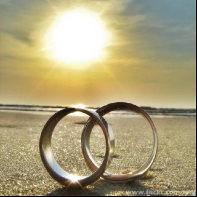 I wanna get married. On the beach.