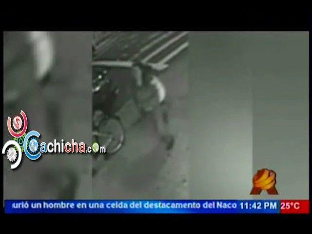 Mujer Empuja A Un Hombre A La Via Del Tren Camara De Seguridad La Capta #NoticiaSIN #Video - Cachicha.com