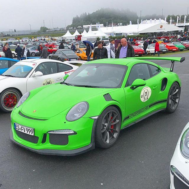 Another @ptsrs 💚 Possibly Gelbgrün #Porsche #911 #GT3 #RS #GT3RS #911GT3RS #991GT3RS #Porsche991GT3RS #Porsche911GT3RS #Porsche911 #991GT3 #911GT3 #Nürburgring #becauseracecar #flat6 #boxer #LovePorsche #NoSubstitute #classy #car #thegoodlife #painttosample #PorscheMotorsport #ogp2017 #Nürburgring #nordschleife #nürburgringnordschleife #oldtimergrandprix #pts @ptsrs