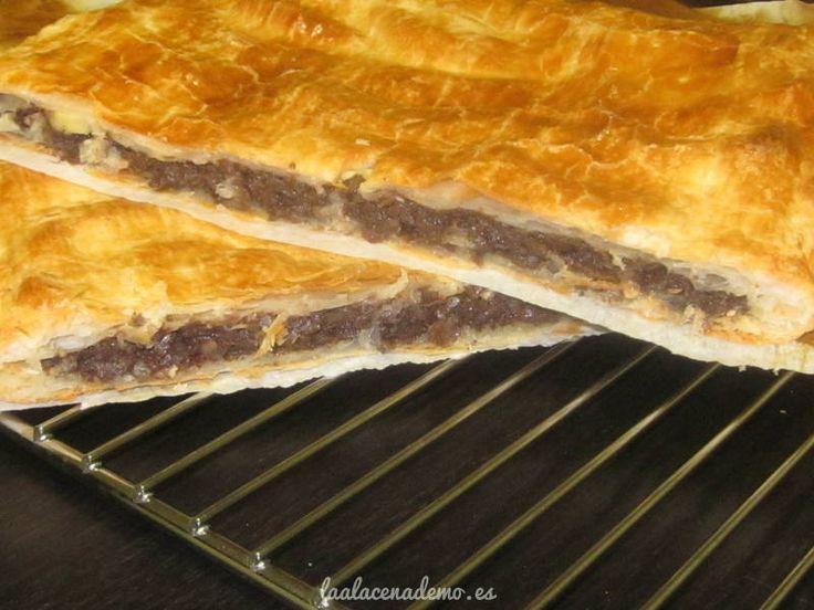 Receta de empanada de morcilla y manzana en tan solo 5 minutos (20 minutos con horneado incluido) Triunfarás entre los que la prueben!
