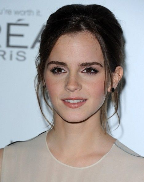 Emma Watson, Elle; perfect complection with rosy cheeks and smoky lashes!!
