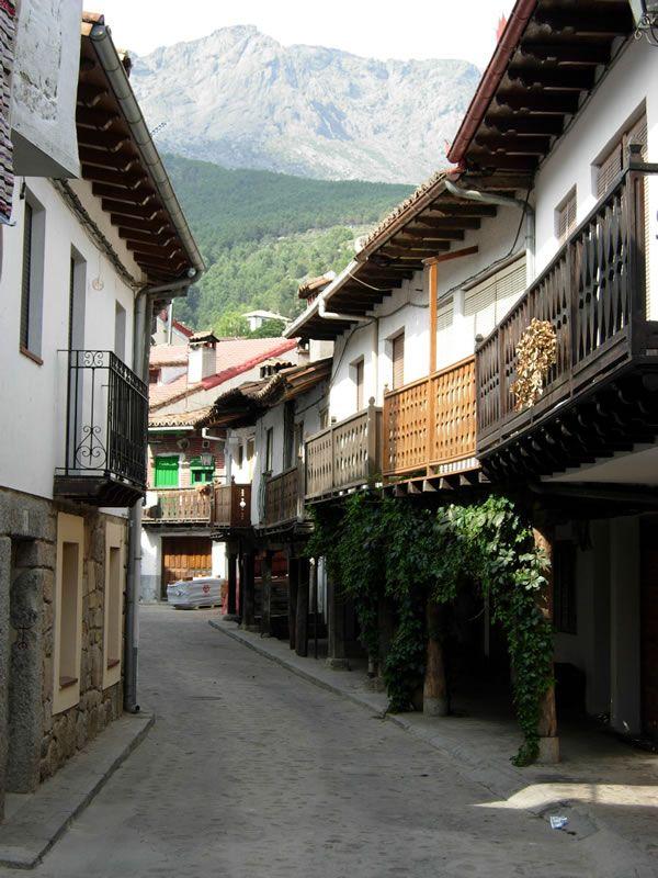 Arquitectura Tradicional en Cuevas del Valle.