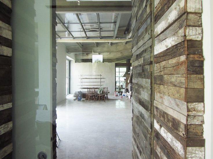 HANG#J - Intervento di ristrutturazione ed integrazione residenziale all'interno di un ex edificio industriale in Toscana - San Giovanni D'asso, Italia - 2014