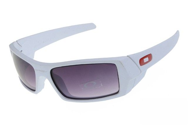 Oakley Gascan sunglasses white / gray iridium - Up to 86% off Oakley sunglasses for sale online, Global express delivery and FREE returns on all orders. #Oakley #sunglasses #cheapoakleysunglasses #mensunglasses #womensunglasses #fakeoakeysunglasses