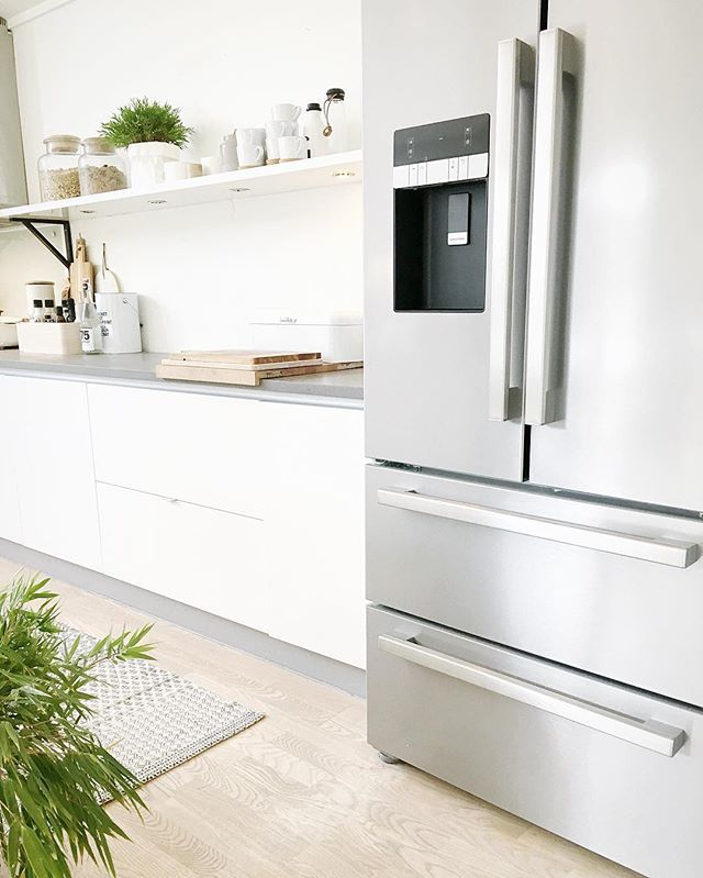 New fridge ✔️ #fridge#kjøleskap#kitchen#kjøkken#kjøkkeninspo #interior#grundig #nordiskstil #scandinavianinterior #mynordicroom #nordichome #interior4all #interiormilk#whiteinterior#interior9508 #interiorwarrior #scandinavianhome#myhome#bazilicumhome#nordichomes#inspiremeinterior #boligpluss #rom123 #roominterior