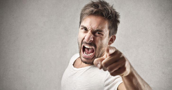 О гневе и злости. Некоторые люди все время злятся и раздражаются, как будто бы с цепи сорвались и всех хотят на своем пути чуть ли не порвать.  Для меня такая проблема не новость, а признак депрессии и тревожности. Мне, как специалисту такая реакция говорит о том, что нервы человека (нормального, хорошего человека) на пределе.  Как часто ко мне приходят клиенты, которые постоянно жалуются на то, что ругают себя на чем свет стоит за каждый такой срыв: то на ребенка, то на мужа, то на пожилую…