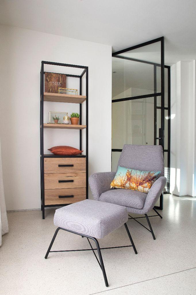 Trendhopper ● Fauteuil Leona mét voetenbank is de perfecte relax combi.