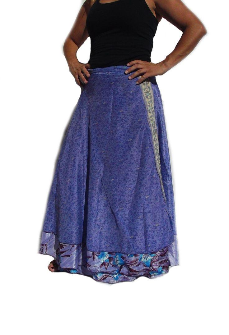 Falda mágica reversible estilo alternativo étnico en color morado. Seda con poliéster. hecha en India.