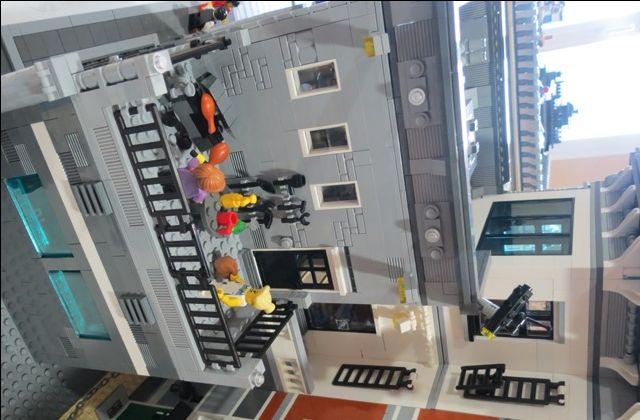 Brickshelf Gallery - police_16.jpg