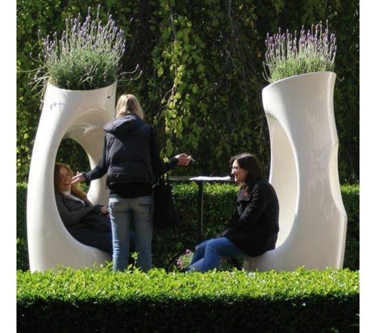 Garden decor/ sculpture