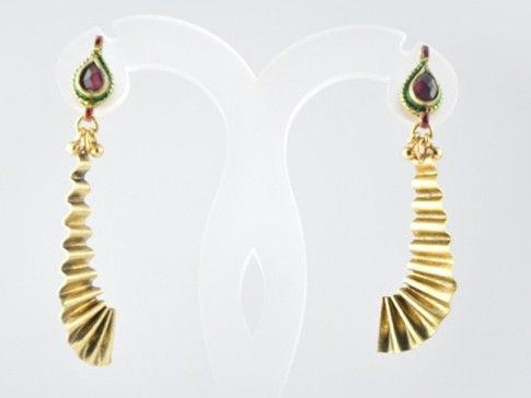 EARRING Product Code: PE-63 Regular Price: Rs 900 Special Price: Rs 720