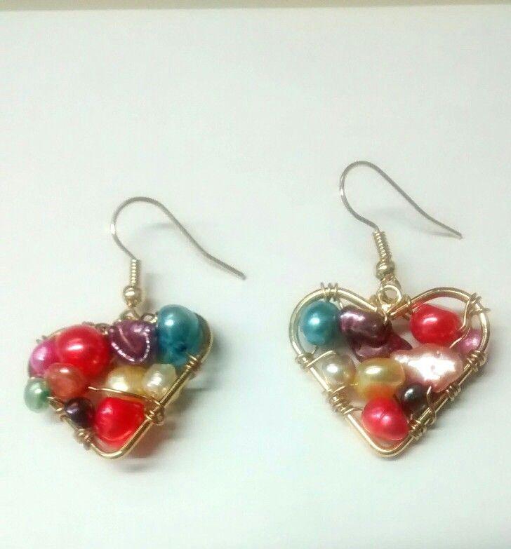 Aretes corazon con perlas