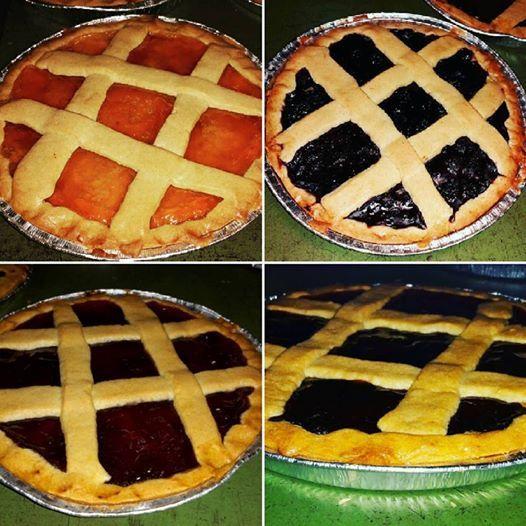 Crostate marmelata quattro assortimenti! Pies four marmalade tastes! #crostate #dolci #torte #marmellata #gusti #frutta #albiccocca #fruttidibosco #fragola #ciliegia #cotte #forno #pie #sweet #cakes #marmalade #tastes #fruits #apricot #softfruits #strawberry #cherry #baked #oven