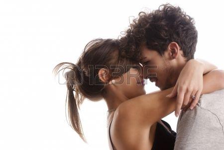 #aspettami #adulto #accattivante #sfondo #bellissima #bellezza #nero #ragazzo #fidanzato #disinvolto #caucasica #viso #moda #femmina #pieno #ragazza #capelli #bell uomo #felice #umano #isolato #amore #maschio #omini #modella #moderno #bella #festa #persone #persona #ritratto #relazione #romanticismo #romantico #sorriso #stile #insieme #due #bianco #donna #giovani
