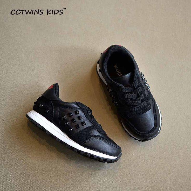 2016 новых осенью новорожденных девочек pu кожаные кроссовки для детей бренда шипованные обувь дети платформы кроссовки мальчики моды белые кроссовки