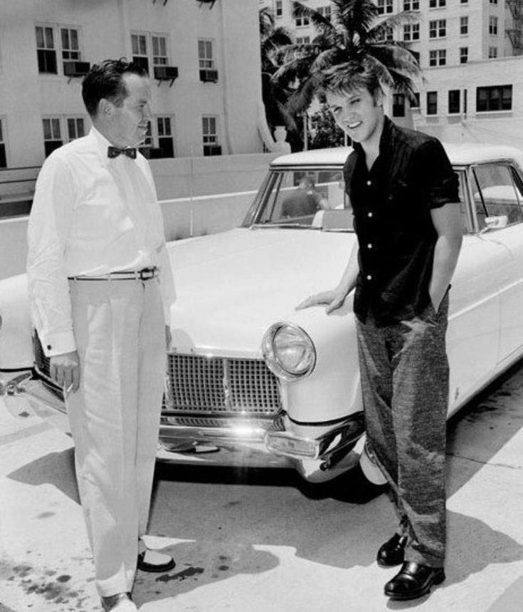 Elvis Presley 21 Looks Over A New Lincoln Continental Mark