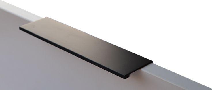 Overlay Pull- Satin Black-Hole Centre 192mm - Elite Hardware Christchurch New Zealand