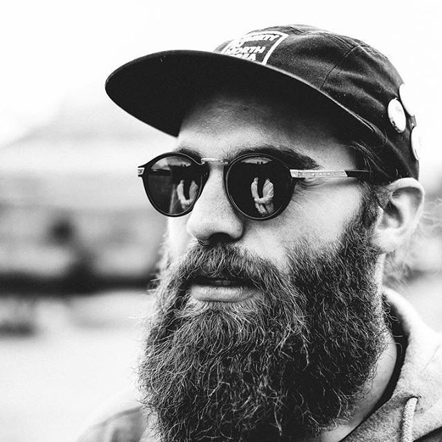 When Skyler McKee (@superwhatevr) isn't jamming with his band THRDVSN (@thrdvsn), he's quite the humanitarian, doing a lot of progressive work for displaced North Koreans. That's quite the noble #beard you've got there, and it's our #beardbrandPOTD 📷 by @eduardoponcee Share your beard and a little info about yourself with us by using #beardbrandPOTD, or e-mailing us your beard at its best via submissions@beardbrand.com. #beards #beardlife