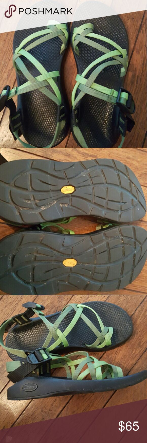 Womens Chaco Sandals Double strap, toe loop, 2-tone green....EXCELLENT/PERFECT CONDITION!! Chacos Shoes Sandals